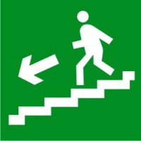 Е14 Направление к эвакуационному выходу по лестнице вниз (левосторонний)